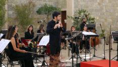 Flütün Büyülü Sesi Sazova'yı Sardı