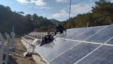 Sondaj Kuyusunun Enerjisini Güneş Panelleri Karşılıyor