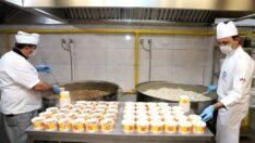 Büyükşehir'den tüm pozitif hastalara sıcak yemek