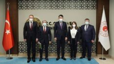 Günay Başkanlar ile Çevre ve Şehircilik Bakanlığı'nı ziyaret etti