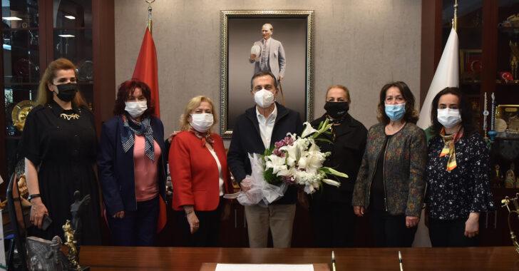 CHP Tepebaşı Kadın Kollarından Başkan Ataç'a ziyaret