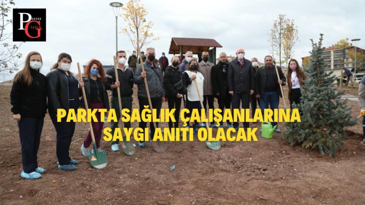Sağlık Çalışanlarına Saygı Parkına Ağaçlar Dikildi